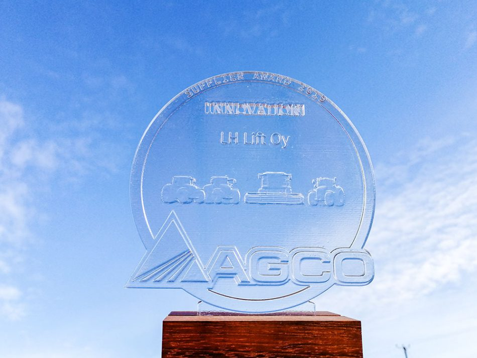 LH Lift palkittiin AGCO-konsernin innovaatiopalkinnolla.